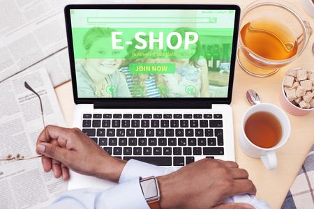 net trade: online Shopping Stock Photo