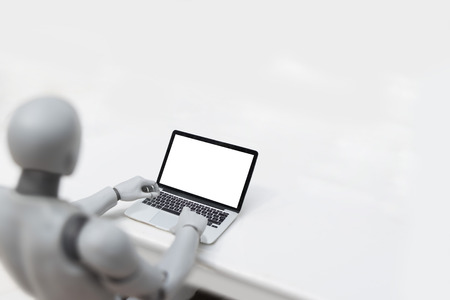 Robot using laptop - Blank screen