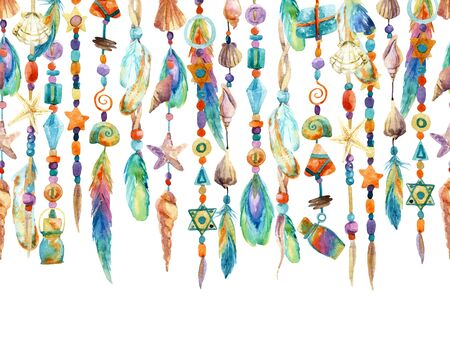 Bijoux aquarelle avec des coquillages, des perles, des plumes. illustration peinte à la main avec des bijoux de coquille de mer et perles Banque d'images - 73394212
