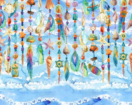 貝殻、ビーズ、振られる海の背景に羽と水彩のジュエリー。手描きの貝殻とビーズの宝石類のイラスト