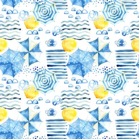 Fondo abstracto de la playa de acuarela. Patrón sin fisuras de vacaciones de verano estilizado: sol, ondas de agua, paraguas. Ilustración acuarela pintada a mano en estilo minimalista Foto de archivo - 86246781