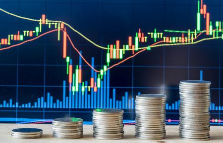 Graphique boursier de marché avec la monnaie