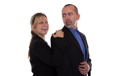 acoso laboral: Mujer coqueteando con un hombre
