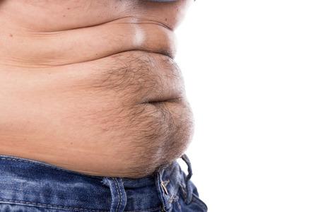 Close-up ze silné, chlupaté břicho muže