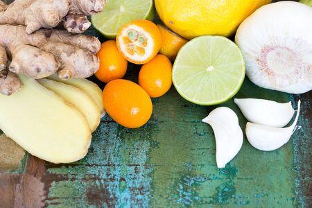 strengthen: VerschiedDifferent natural ingredients to strengthen the defensesene natürliche Zutaten zur Stärkung der Abwehrkräfte Stock Photo