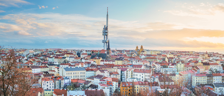 Beautiful Sunset in Prague, Czech Republic. Imagens - 115999189