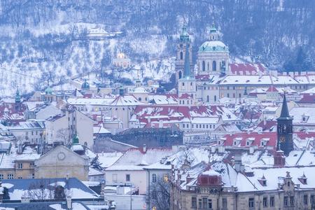 Prague in Winter, Cityscape of Mala Strana district Standard-Bild