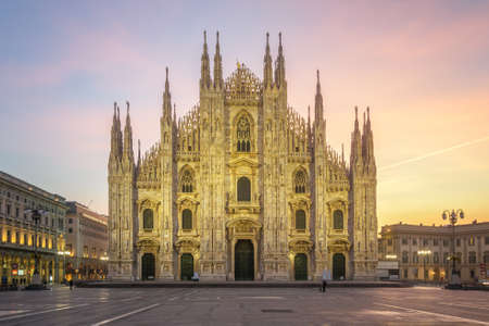Duomo di Milano - The Cathedral of Milan at first sunlight Foto de archivo