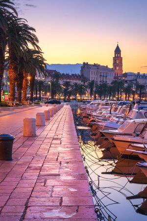 Split during sunrise, fishing boats at the promenade - beautiful Croatia Foto de archivo
