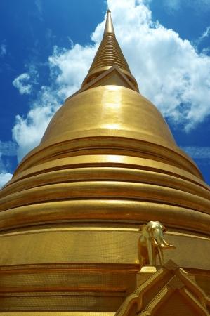 vihara: Pagoda Wat Bowonniwet Vihara