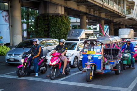 thanon: BANGKOK, THAILAND - JUNE 9: Traffic jam on Ratchaprasong road. the center of economic and modern tourism of Thailand on June 9, 2015. Editorial