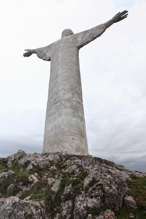 maratea: picture of huge concrete christ statue in maratea