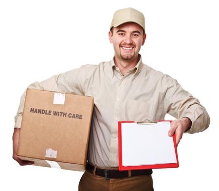 pakiety: uÅ›miecha siÄ™ mężczyzna dostawy wyizolowanych biaÅ'y Zdjęcie Seryjne