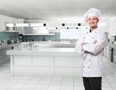 chef cocinando: Cocina confianza en cocina profesional Foto de archivo
