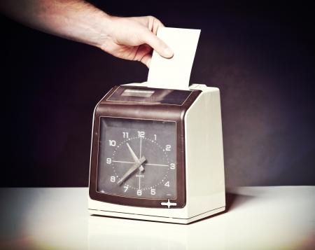 l'image de l'horloge chèque millésime