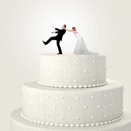 Torta de la boda 3d y situación de pareja divertida