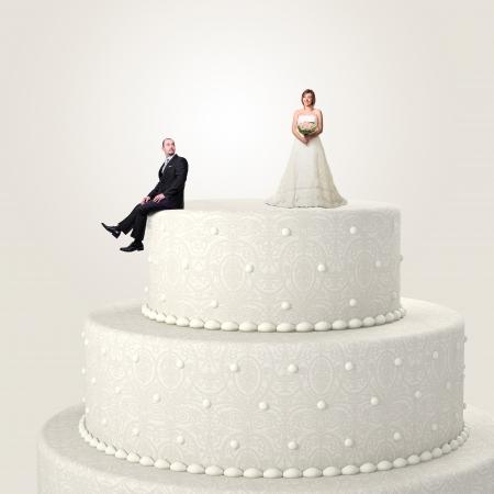 esküvő: 3d esküvői torta és vicces pár helyzet Stock fotó