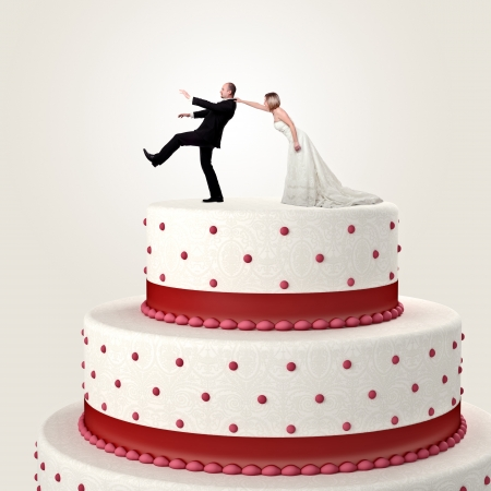 topper: gromm try to escape from wedding cake topper
