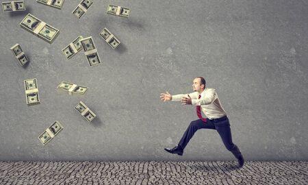money rain: 3d money rain and running businessman