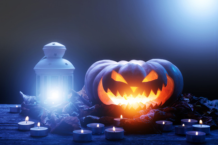 citrouille halloween citrouille dhalloween et de la lumire de la bougie