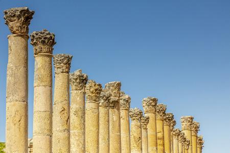 Amman, Jordanie. détail des colonnes romaines à l'intérieur de la citadelle, site archéologique connu de destination touristique. Banque d'images