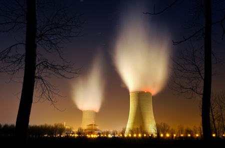 nuclear reactor: nuclear power plant in southern France