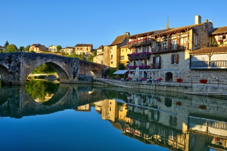 aquitaine: the old village of N�rac in French