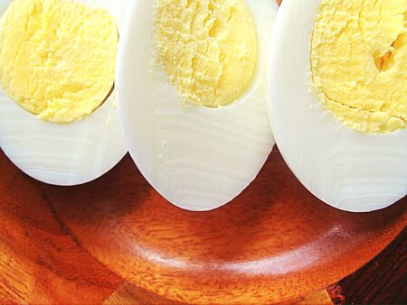 boiled eggs: Boiled Eggs in bowl