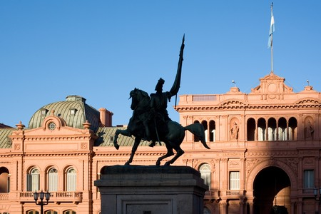General Belgrano monument in front of Casa Rosada (pink house) Buenos Aires Argentina