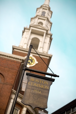 Boston Common sign and Park Street Church; Boston; Massachusetts; USA Stock Photo
