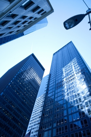 Low angle view of skyscrapers at downtown Manhattan, New York City, NY, USA Archivio Fotografico