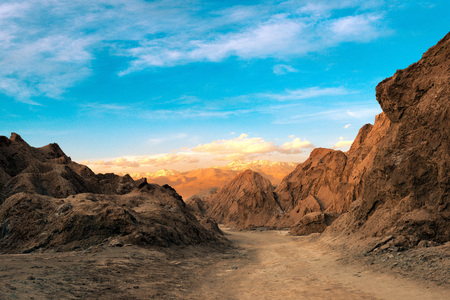 A view of the Death Valley at the Salt Mountain Range (Cordillera de la Sal), Atacama Desert, Northern Chile 스톡 콘텐츠