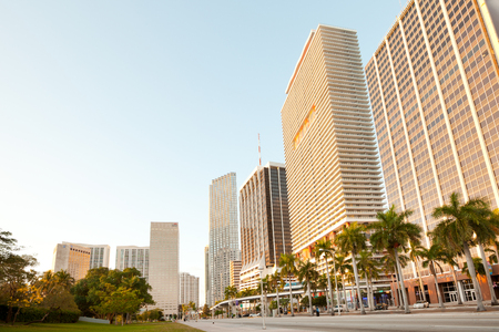 Miami, Florida, United States - March 11, 2012: Biscayne Boulevard at downtown in early morning. Редакционное