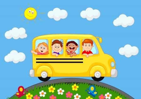 passenger buses: Autobús escolar con los niños de dibujos animados feliz
