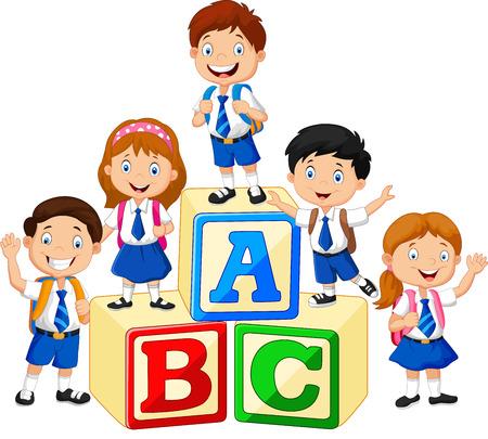 アルファベットのブロックと小さな幸せな子供たち  イラスト・ベクター素材