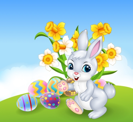arboles caricatura: Ilustración vectorial de conejo de dibujos animados feliz con coloridos huevos de Pascua