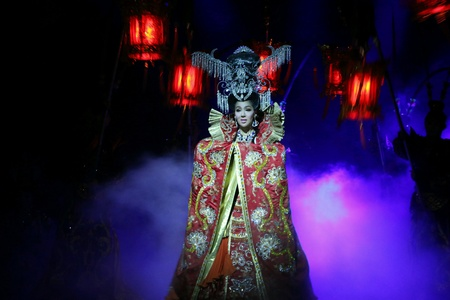 nite: Pattaya Caberet performer