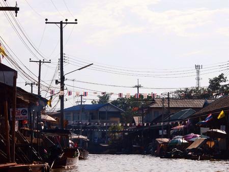 march� flottant: Amphawa march� flottant en Tha�lande Banque d'images