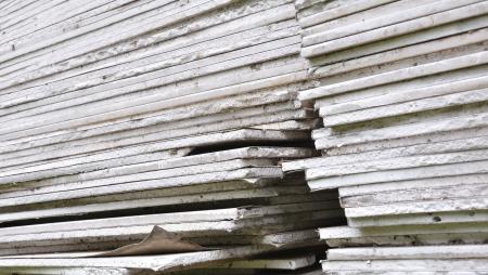 sheetrock: Stacking of gypsum sheets
