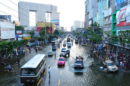 rd: BANGKOK, THAILAND - NOVEMBER 04 : Heavy flooding from monsoon rain in Ayutthaya and north Thailand arriving in Bangkok on November 04,2011 Bangkok, Thailand, At Senanikom 2 Paholyothin Rd.
