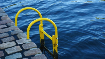 diving save: stairs - harbor motive