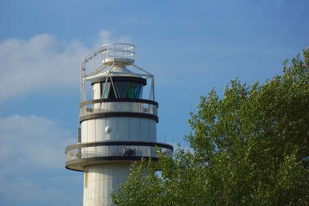 keel: lighthouse
