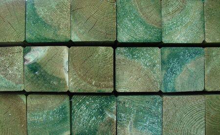 impregnated: assi di legno impregnate