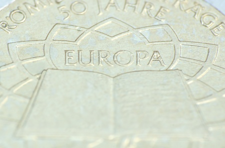 European contracts - 2-Euro coin - back photo