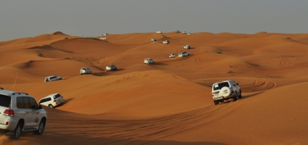 4x4: Jeep adventure trough the desert from Dubai