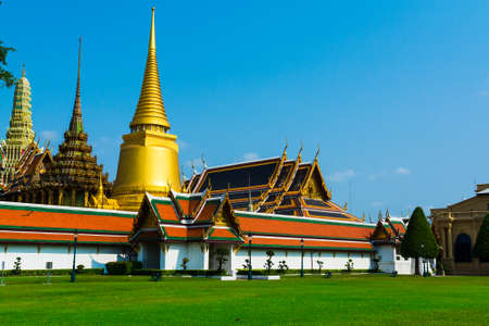the grand palace: The Grand Palace at sunny day, Bangkok, Thailand.The Grand Palace , Bangkok , Thailand.