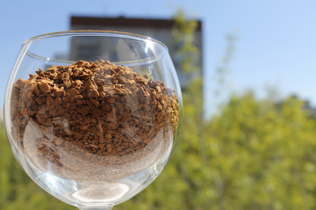 granulated: wine glass with granulated coffee left