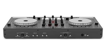검은 DJ 믹서 컨트롤러는 흰색 배경에 고립 스톡 콘텐츠