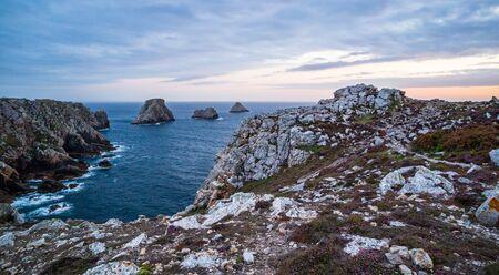 Pen-Hir Cape and the atlantic ocean in Crozon peninsula, Brittany, France Reklamní fotografie