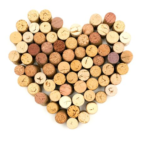 brown cork: The image of heart made from wine corks